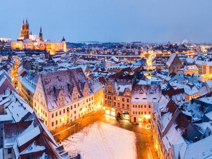 Romantischer Stadtbummel mit Glühwein