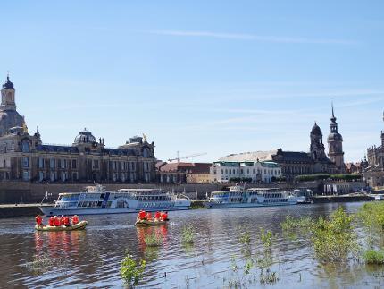 Altstadt-Tour mit dem Schlauchboot - Kind(er) 4 - 14 Jahre (11:00 Uhr)