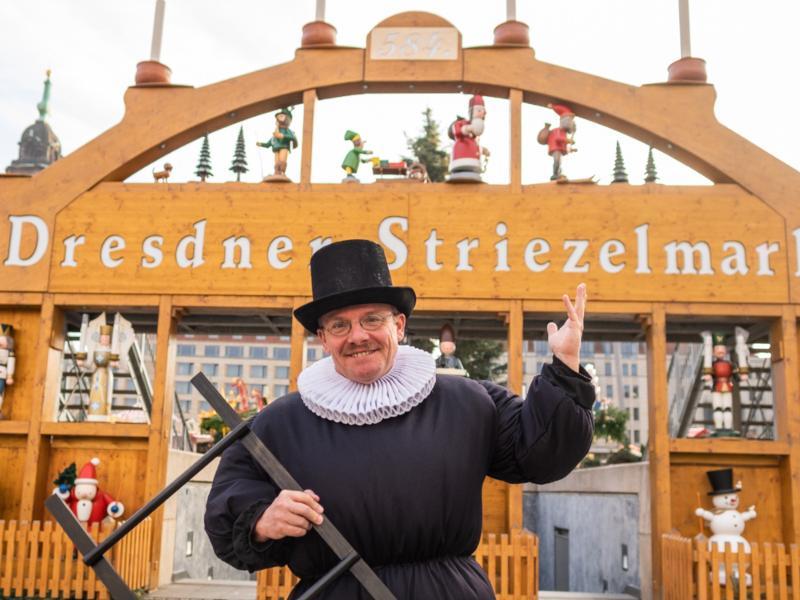 Pflaumentoffel / Urheber: Stadtrundfahrt Dresden GmbH / Rechteinhaber: © Stadtrundfahrt Dresden GmbH