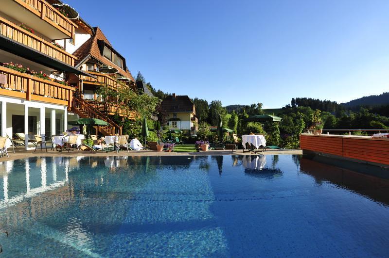 erfurths bergfried ferien wellnesshotel schwarzwald tourismus gmbh. Black Bedroom Furniture Sets. Home Design Ideas