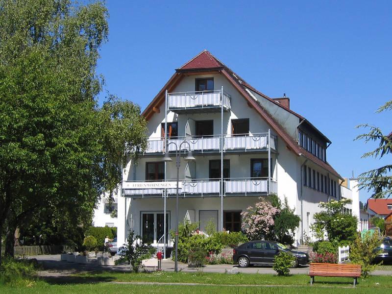 Ferienhaus Am Anleger, (Uhldingen-Mühlhofen). Ferienhaus am Bodensee