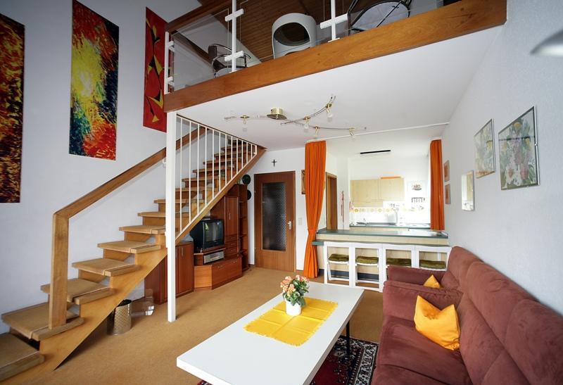 Haus lucia m ller schwarzwald tourismus gmbh for Wohnzimmer quadratmeter berechnen
