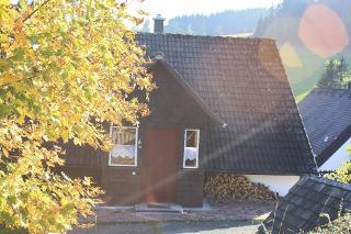 Haus im Herbst