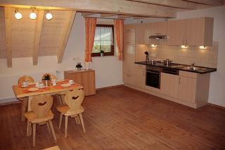 Küche und Essbereich/Wohnung Panoramablick