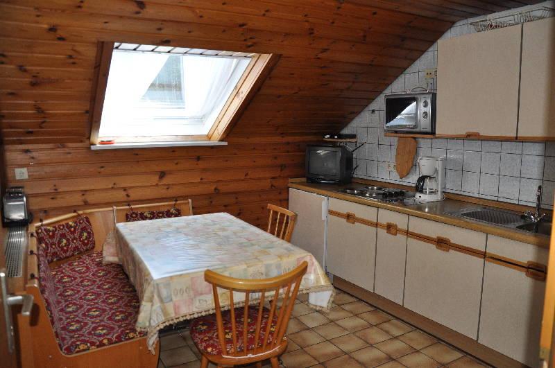 hinterkimmighof oberharmersbach ferienwohnung 1 60 qm 2 schlafzimmer max 4 personen. Black Bedroom Furniture Sets. Home Design Ideas