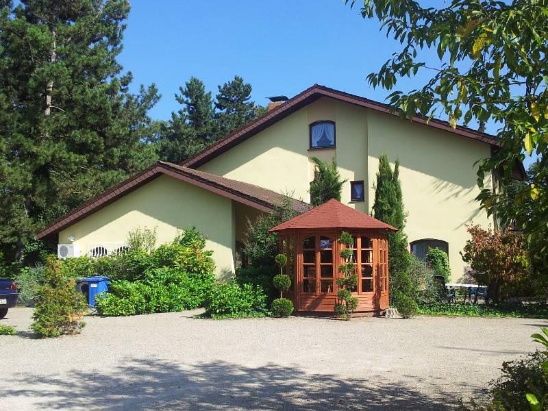 Ferienwohnung Haus Villa Zabler (Bad Schönborn). Ferienwohnung 21 mit 60qm, 1 Schlafzimmer, 1 Wohn-/Schl (1574115), Bad Schönborn, Kraichgau, Baden-Württemberg, Deutschland, Bild 2
