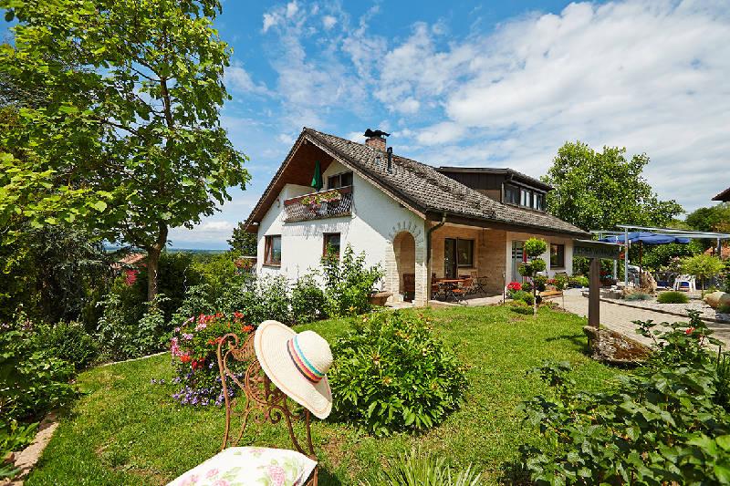 Haus Gerhard Lang, (Bad Bellingen). Ferienwohnung,