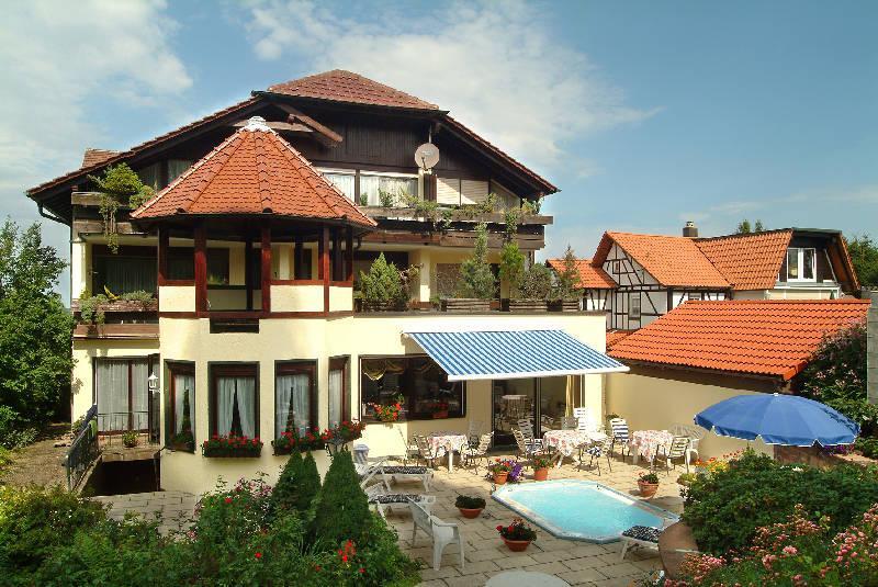 landhotel sch nblick mit schwarzwaldrestaurant schwarzwald tourismus gmbh. Black Bedroom Furniture Sets. Home Design Ideas
