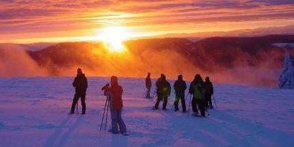 Schneeschuhwanderung: Zum Sonnenaufgang auf den Belchen