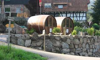 Schlafen im Weinfass in der Ortenau | Südschwarzwald Radweg