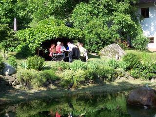 Gemütlicher Gartensitzplatz