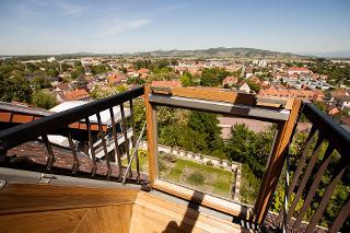 Aussicht aus dem höchsten Fremdenzimmer der Stadt