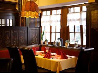 Restaurant_1-e1447770559159.jpg