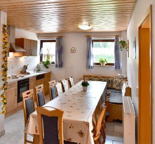 Wohnküche Ferienwohnjung 1 Panoramablick für bis zu 14 Personen
