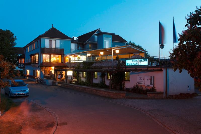 Hotel Restaurant Kreuz Zelleleweg   Reichenau