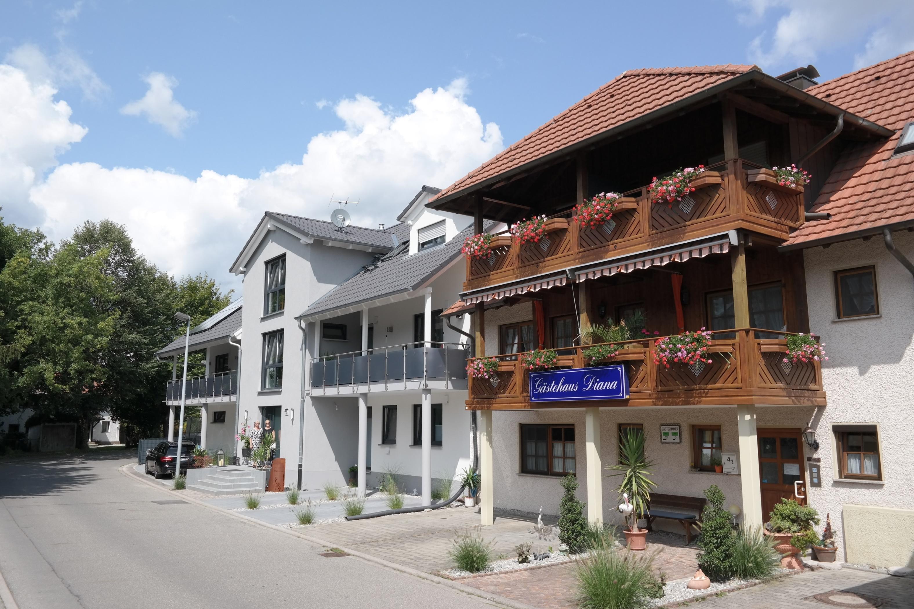 Ferienwohnungen Diana, (Radolfzell am Bodensee). F