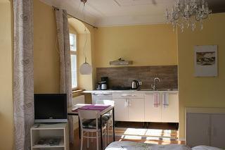 Fewo 1 Essplatz und Küchenzeile