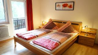 Schlafzimmer 1 Mohnblume