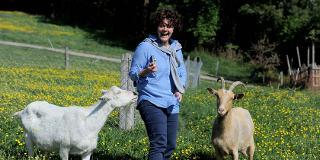 Ziegenwanderung zum Huttenhof / Urheber: Monika Reinbold / Rechteinhaber: © Monika Reinbold
