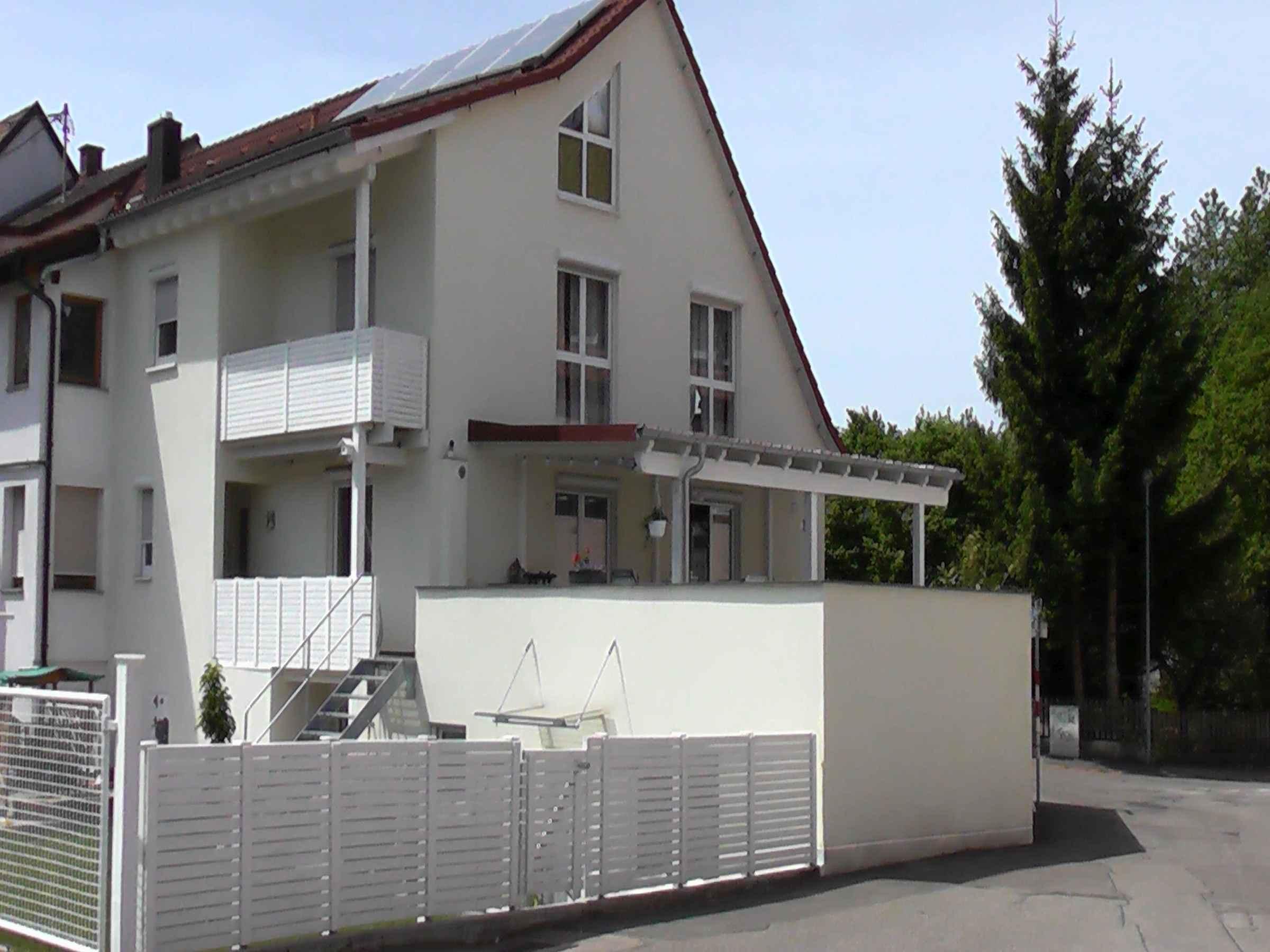Pension Leon, (Waldkirch). Ferienwohnung Typ B, 64 Ferienwohnung in Deutschland
