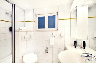 Doppelzimmer Standard Nr. 20 - Badezimmer