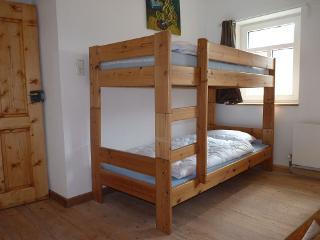 Schlafzimmer Neuerburg mit Hochbett im 1 OG