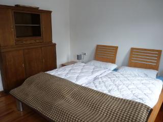 Schlafzimmer Karlshausen mit Hülsta-Doppelbett im EG
