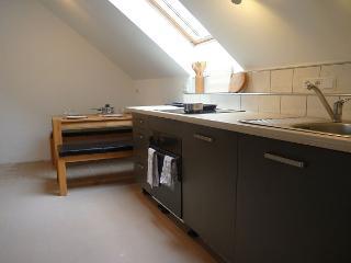 Küche- und Essbereich im DG des Eifel Landhaus Enztal