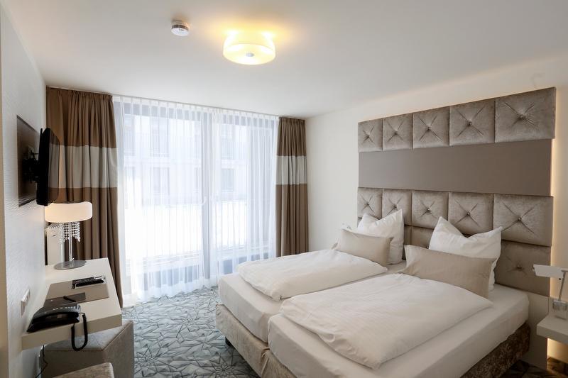 Designhotel kronjuwel zweit lerland tourismus for Design hotel waldkirch