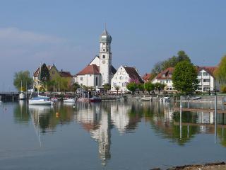 Halbinsel mit Kirche
