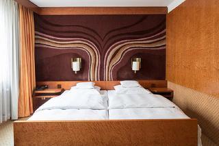 Doppelzimmer / Author: Hotel Royal / Copyright holder: © Hotel Royal