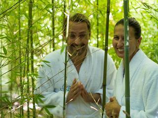 Paar im Japanischen Garten / Auteur: Kur und Bäder GmbH Bad Krozingen / Détenteur du copyright: © Kur und Bäder GmbH Bad Krozingen