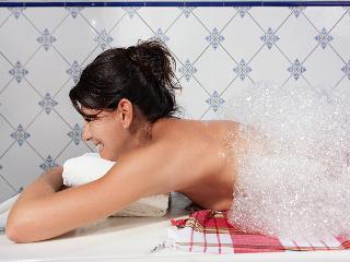 Soap brush massage / Author: Kur und Bäder GmbH Bad Krozingen / Copyright holder: © Kur und Bäder GmbH Bad Krozingen