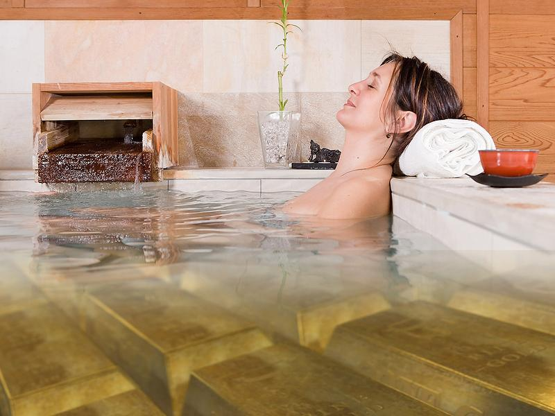 "Japanese Bath ""Goldfever"" - Small pampering program"