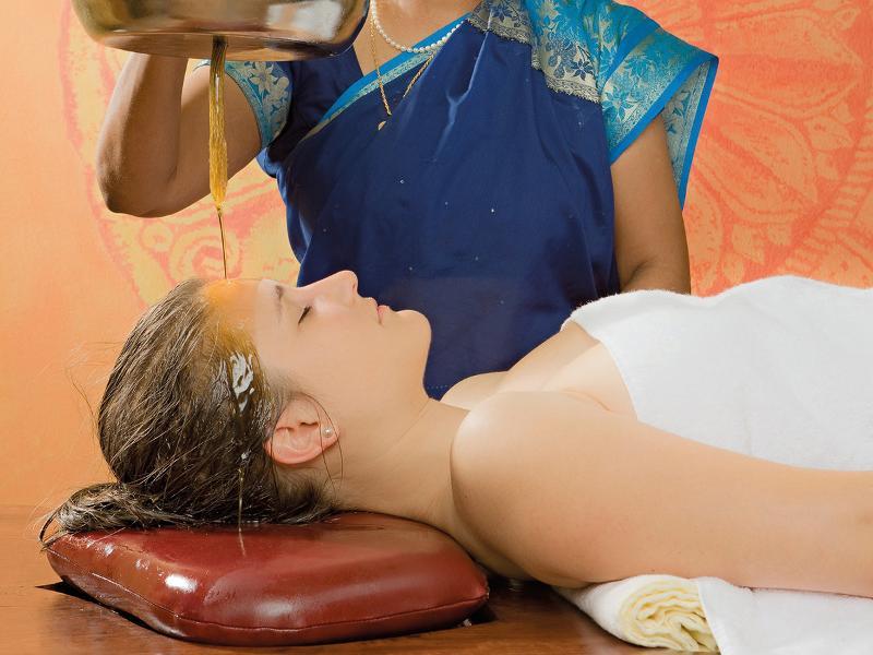 Ayurveda - Massage Abhyanga avec Shirodhara