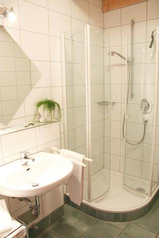 Ferienwohnungen Holder Badezimmer FeWo 6