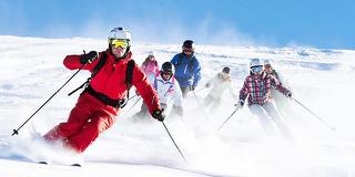 Skikurs am Feldberg / Urheber: Black Forest Magic / Rechteinhaber: © Black Forest Magic
