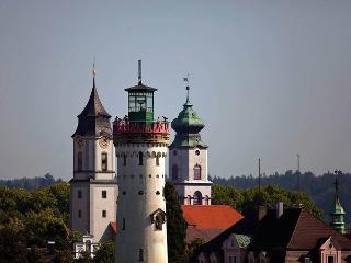 Leuchturm und Kirchtürme