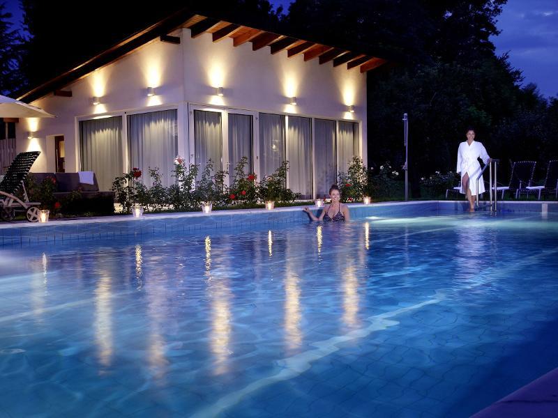 clarion hotel hirschen schwarzwald tourismus gmbh. Black Bedroom Furniture Sets. Home Design Ideas