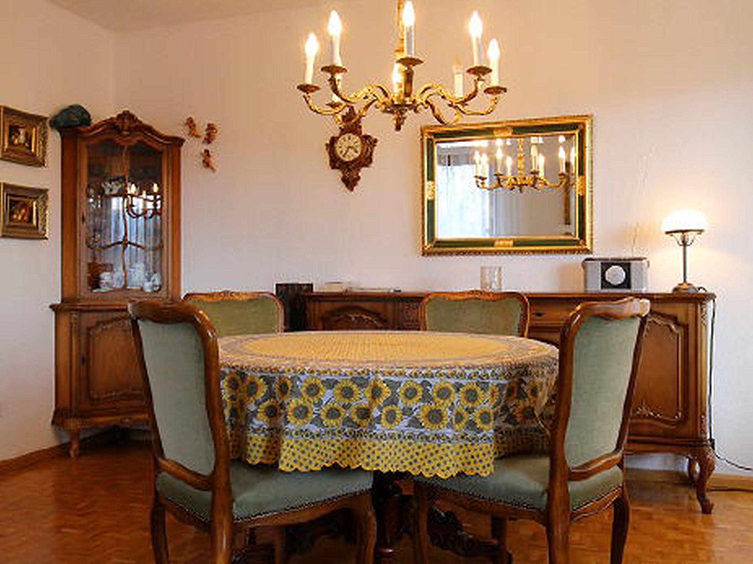 Haus Albert, (Titisee-Neustadt). Ferienwohnung 65q Ferienwohnung