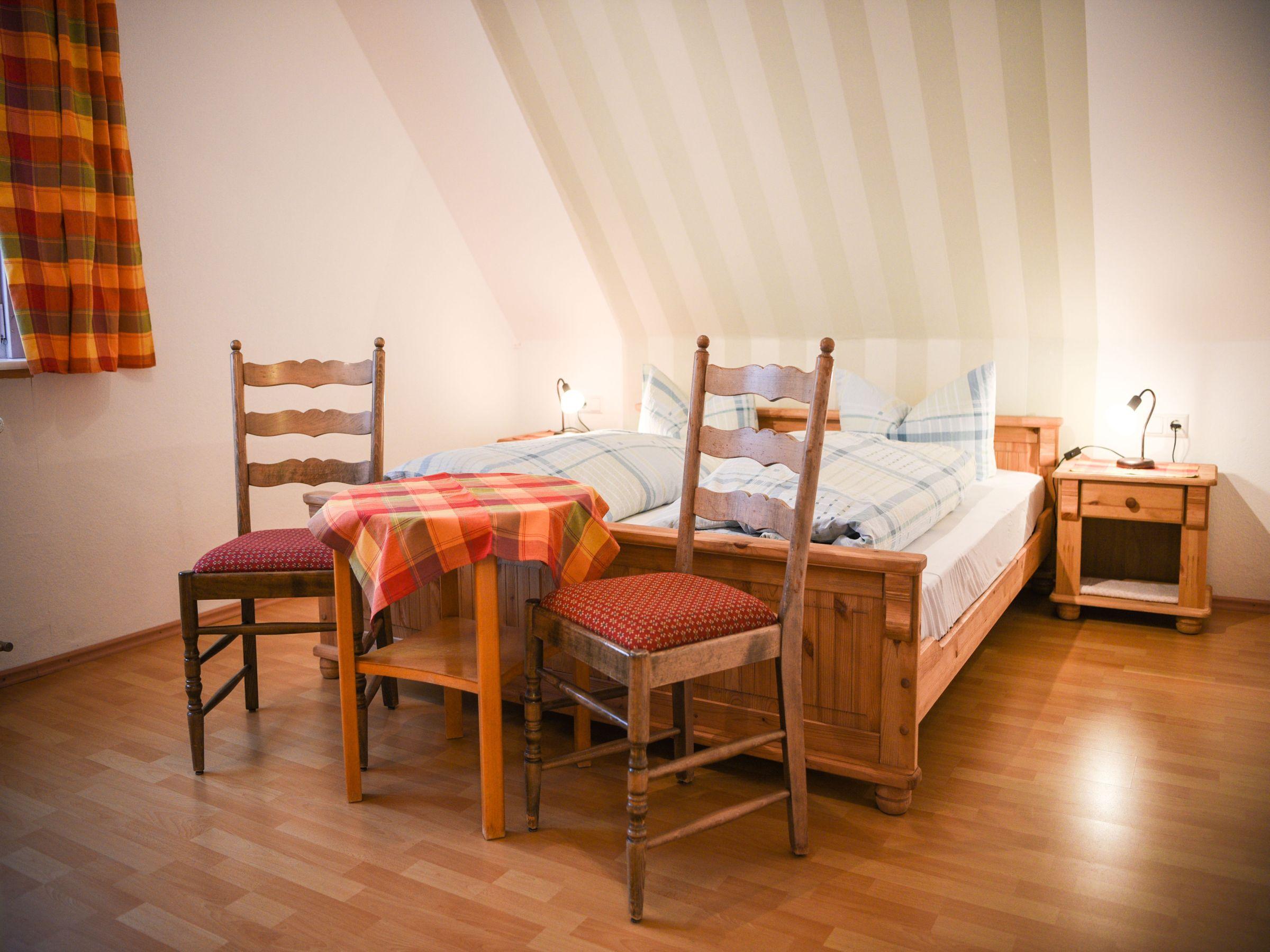haus luise, (lenzkirch). fereinwohnung, 65 qm, 2 schlafzimmer, max, Schlafzimmer entwurf
