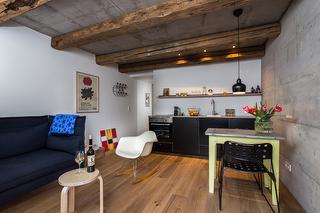 Wohnbereich mit Küchenzeile