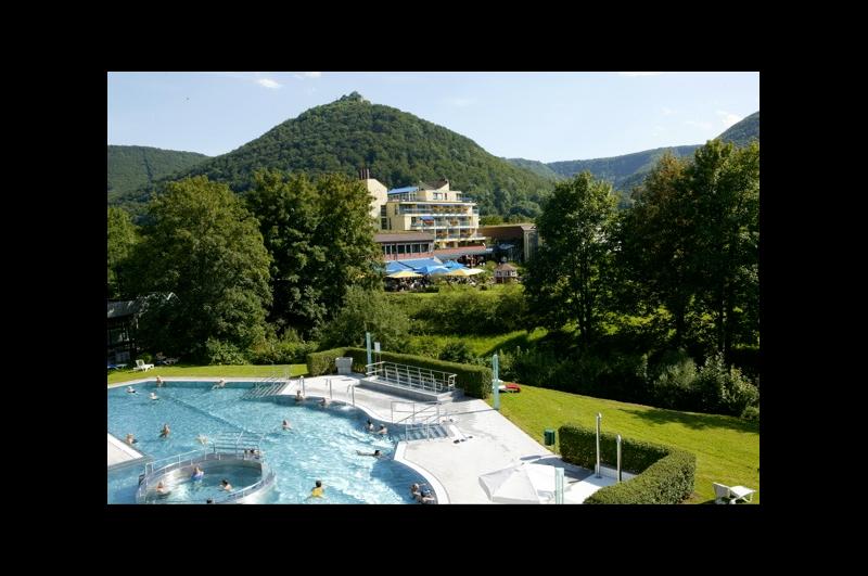 Hotel an den AlbThermen / Urheber: ©hotel-graf-eberhard.de / Rechteinhaber: © ©hotel-graf-eberhard.de