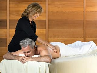 Cocoa butter massage / Author: Kur und Bäder GmbH Bad Krozingen / Copyright holder: © Kur und Bäder GmbH Bad Krozingen