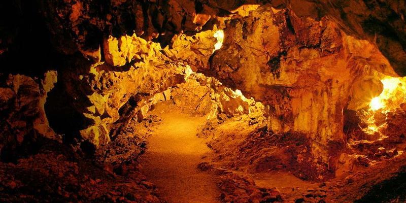 Höhlen / Urheber: Steudle´s Genusswelt GbR / Rechteinhaber: © Steudle´s Genusswelt GbR