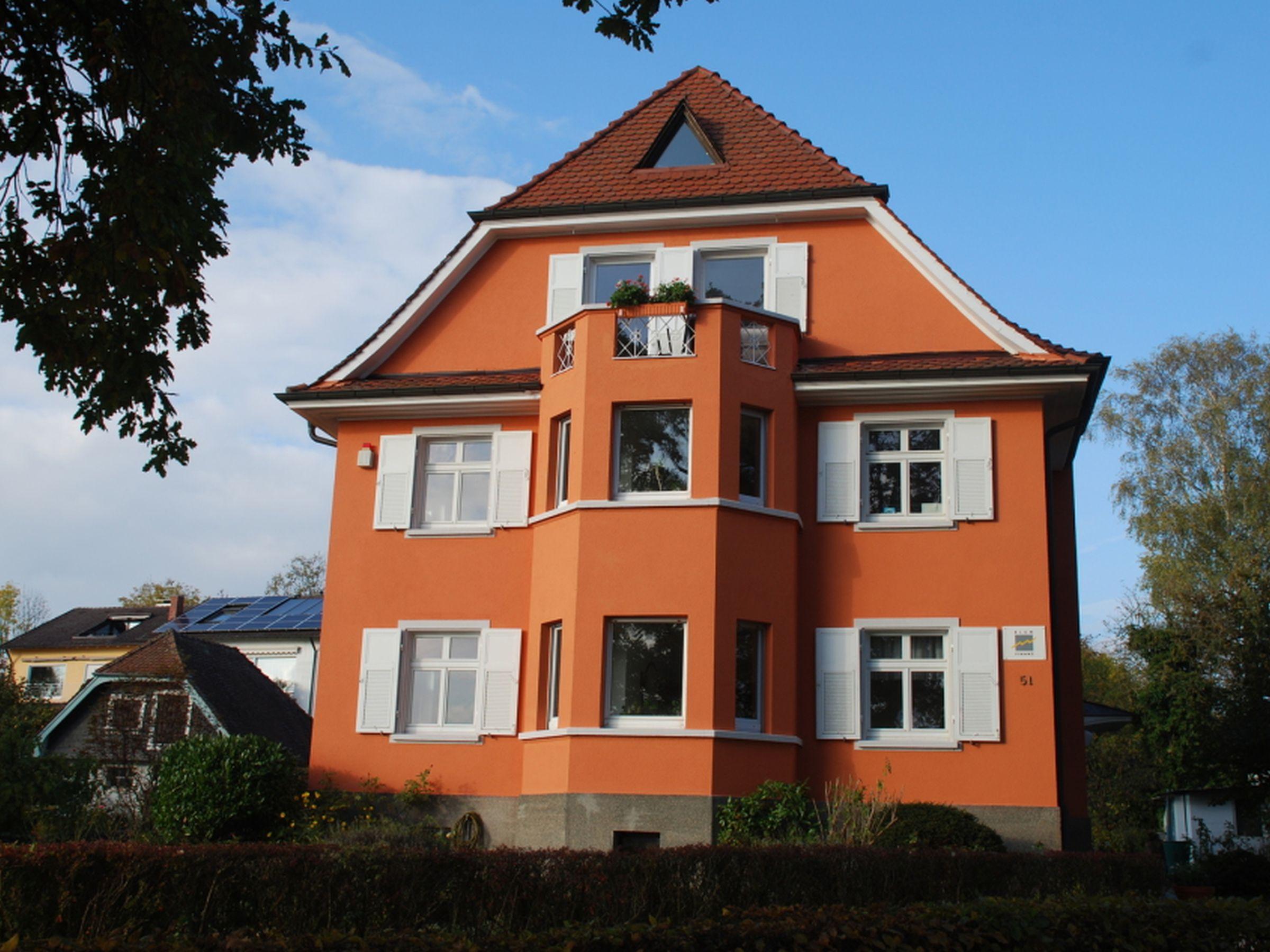 Blum Ferienwohnung, (Konstanz). Rotes Haus üb