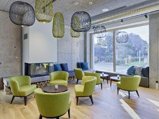 Lounge und Kamin