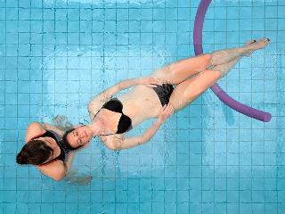 Aqua-Wellness Floating / Urheber: Kur und Bäder GmbH Bad Krozingen / Rechteinhaber: © Kur und Bäder GmbH Bad Krozingen