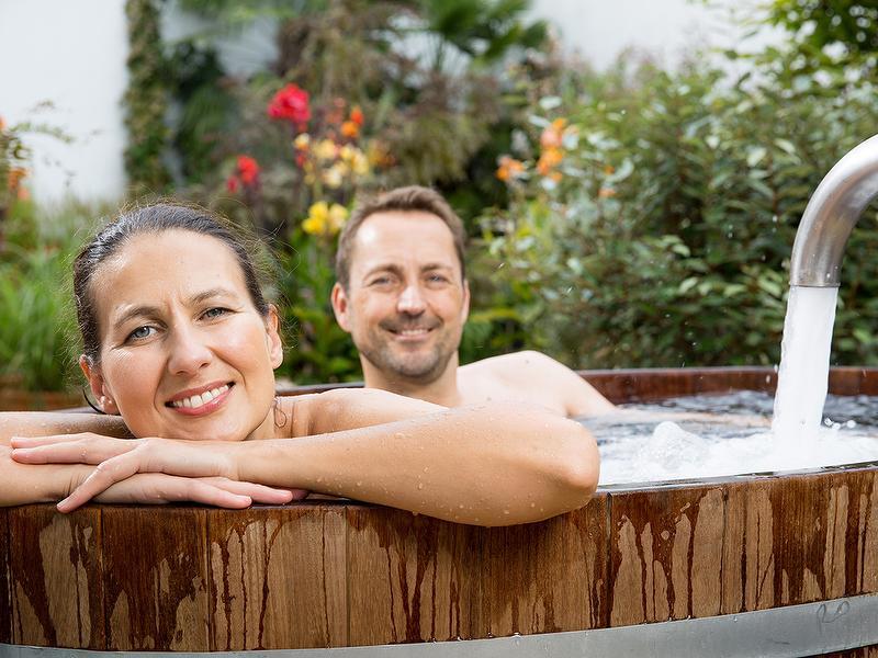 Indisches Bad - Ayurveda zu zweit genießen - inkl. Eintritt Therme & Sauna