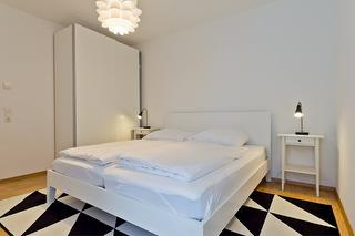 F2-Schlafzimmer_1200x800px.jpg